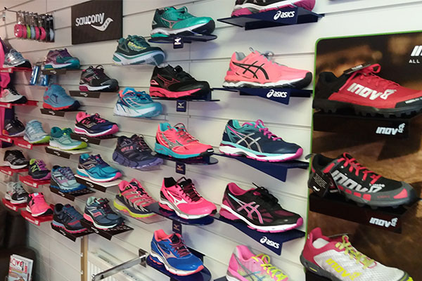 the runners hub running goods store heswall wirral