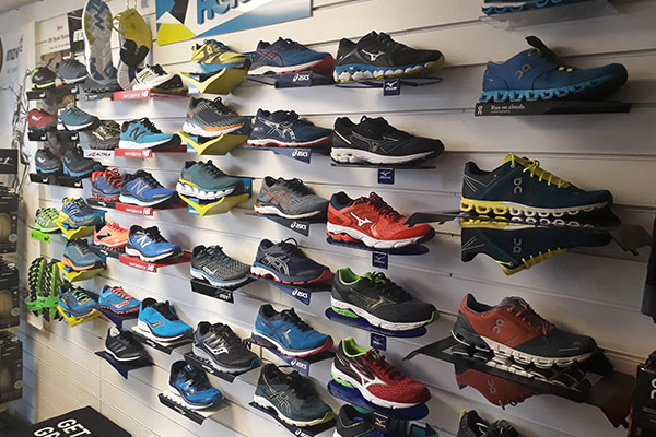 the runners hub running store heswall wirral shop shoes gear